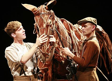 war-horse-play